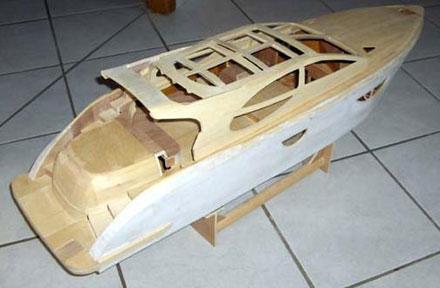 Plan bateau bois rc for Plans de construction de bricolage