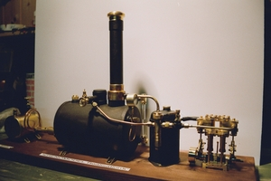 moteur a vapeur fait maison brosse electrostatique. Black Bedroom Furniture Sets. Home Design Ideas